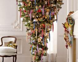 Όταν οι μαστροχαλαστές στολίζουν χριστουγεννιάτικο δέντρο