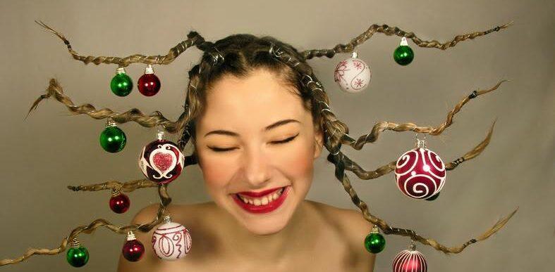 χριστουγεννιάτικο δέντρο στα μαλλιά